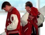Гарри, Уильям и Чарльз получили олимпийские куртки после поездки в Британскую Колумбию, Канада 1998
