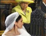 Королева явно недовольна