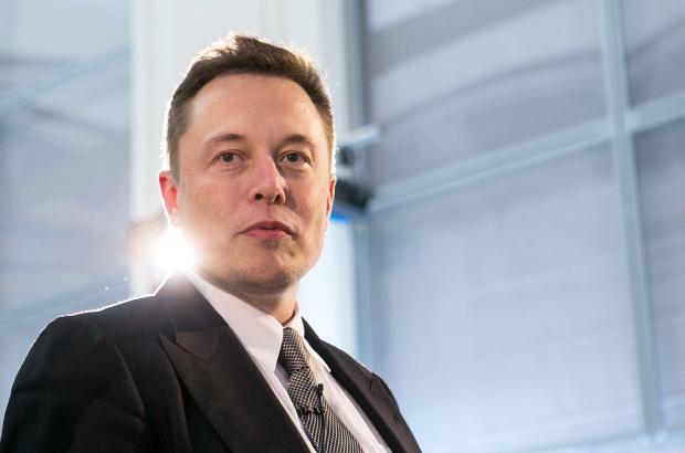 Tesla продолжает нести убытки