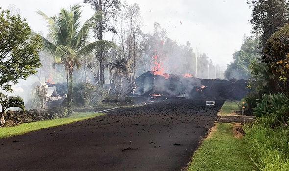 Извержение вулкана на Гавайях: на острове экстренно эвакуируют людей