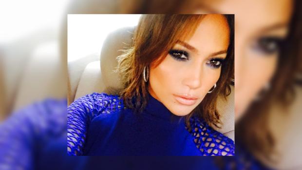 Дженнифер Лопес представила новую песню: сингл с DJ Khaled и Карди Би уже в Сети