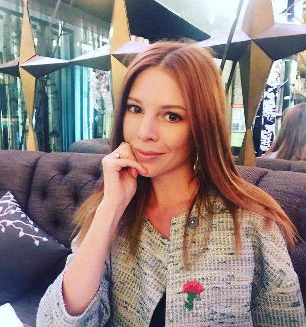 Наталья Подольская в банном халате: певица призналась миру в любви