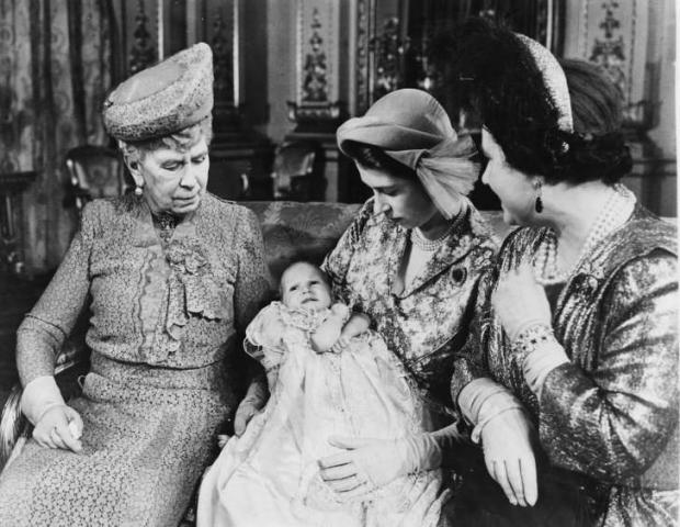 Модные правила жизни королевской семьи Британии: топ-16 обязательных для соблюдения законов