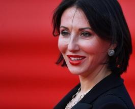 Алика Смехова Инстаграм: 50-летняя актриса в позе голубя удивила поклонников