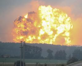 В Латвии горит склад химических отходов: очевидцы выложили видео гигантского пламени в Сеть