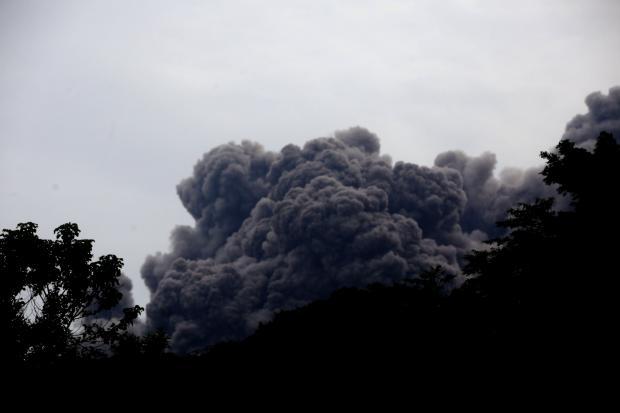 Около ста человек стали жертвами вулкана вГватемале