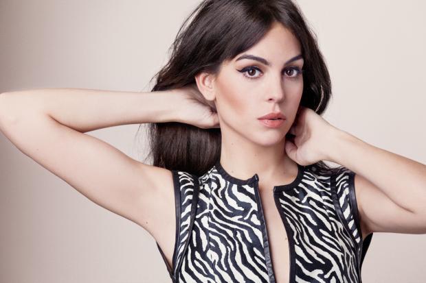 Джорджина Родригес пришла в форму после рождения дочери: модель показала себя во всей красе
