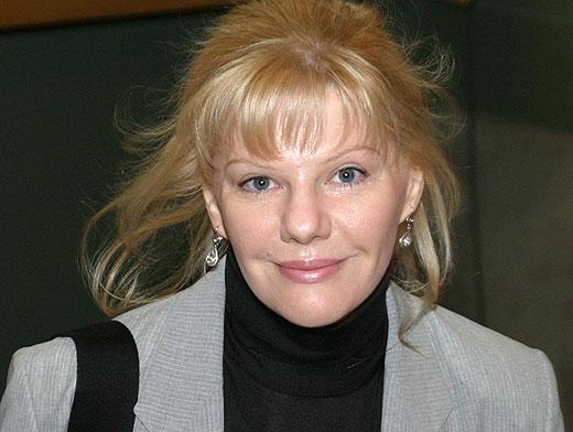 Александра Захарова актер