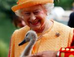 Елизавета II отправилась в отпуск: где предпочитает отдыхать королева Великобритании