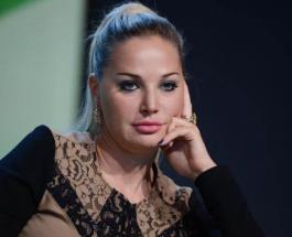 Мария Максакова в бассейне: оперная певица пообещала рассказать как ей удалось похудеть