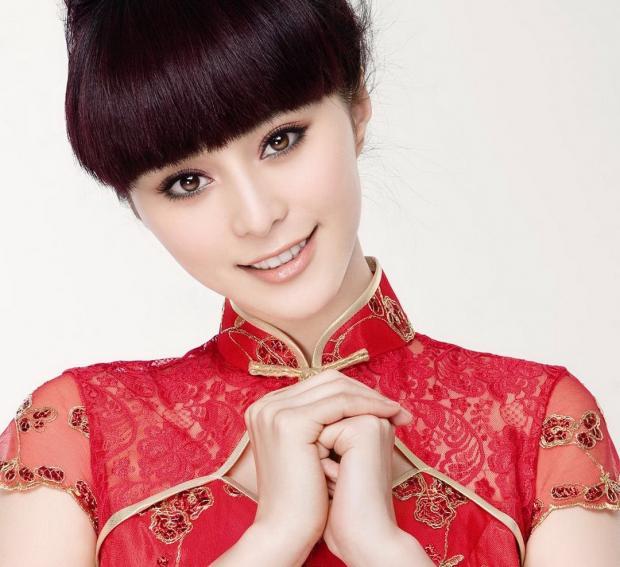 Искусство макияжа поражает воображение: как выглядят азиатские красавицы без косметики