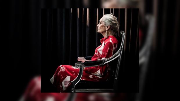 90-летняя Дафни Селф не хочет уходить на покой: как сейчас выглядит самая старая супермодель