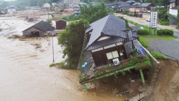 Количество жертв стихии вЯпонии выросло до  51 человека