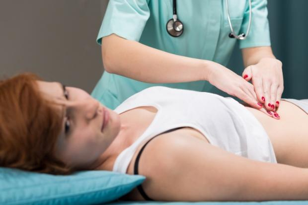 Первые признаки панкреатита: какие симптомы свидетельствуют о воспалении поджелудочной