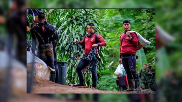 Изпещеры вТаиланде спасли всех детей итренера