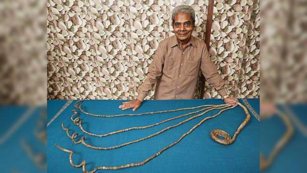 82-летний индиец-рекордсмен избавился от ногтей которые не стриг 66 лет