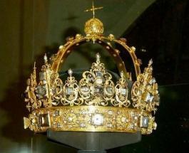 В Швеции похищены королевские драгоценности: власти страны ищут 400-летние короны Карла IX