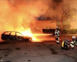 Массовый вандализм в Швеции: подорваны десятки автомобилей накануне выборов в стране