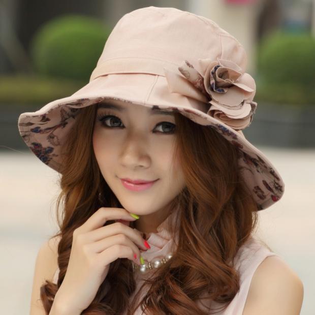 девушка в шляпе