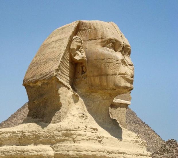 Второй египетский сфинкс: старую статую обнаружили во время дорожных работ