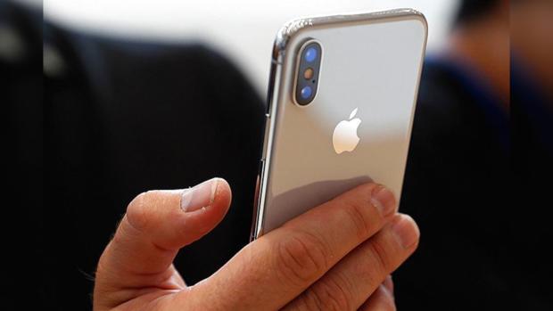 iPhone вместо паспорта: Apple предложила альтернативу удостоверению личности