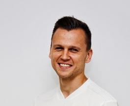 Денис Черышев — романтик: игрок сборной России поздравил возлюбленную с днем рождения
