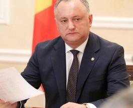 Президент Молдовы попал в ДТП: в одной машине с Игорем Додоном ехали его мать и ребенок