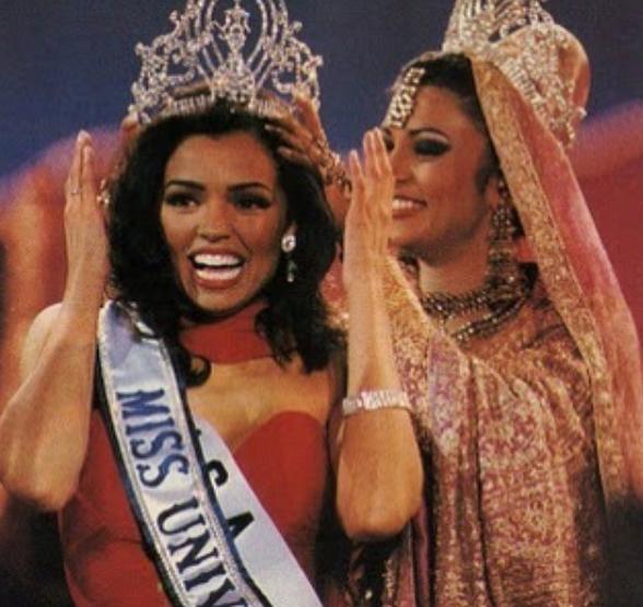ВСША скончалась обладательница короны «Мисс Вселенная»