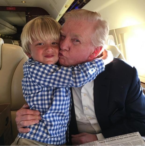 Трамп с внуком
