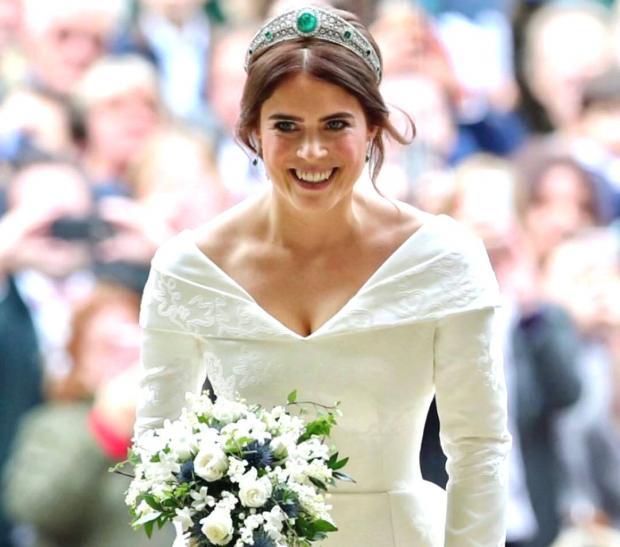 Первые официальные фото со свадьбы внучки королевы Елизаветы II - Принцессы Евгении