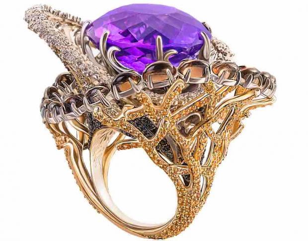 изысканное кольцо с аметистом