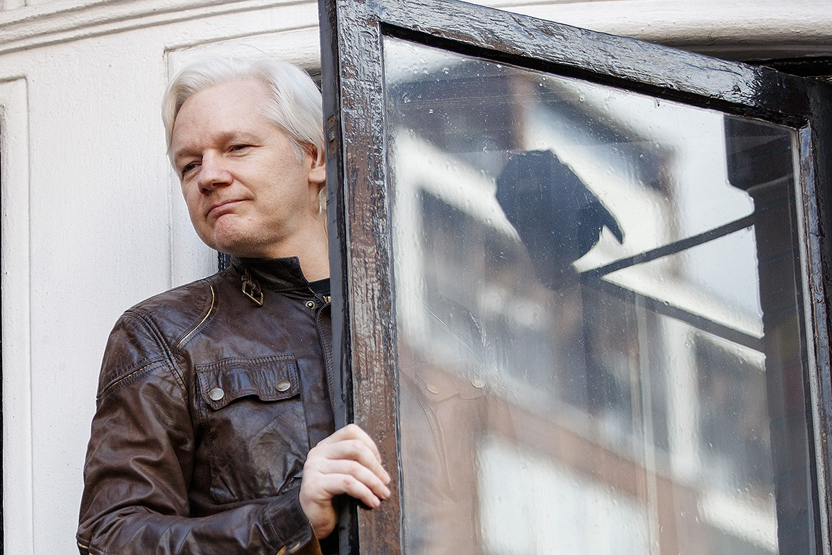 Wikileaks Founder Julian Assange May Be Cleared Of Sex Crimes