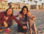Бри Белла с семьей