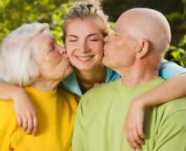 Важные мелочи для укрепления семьи: как общаться с родителями которые живут далеко от вас