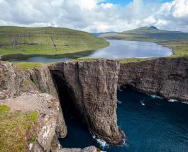 Отсутствие тюрем и трава на крышах домов: интересные факты про Фарерские острова