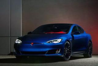 Tesla Model S для суперменов - новый электромобильс супергеройским тюнингом