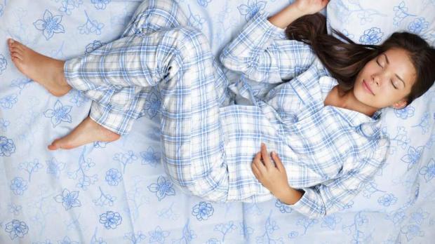 сон в пижаме