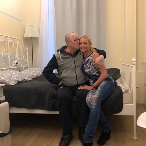 Анастасия Волочкова с отцом