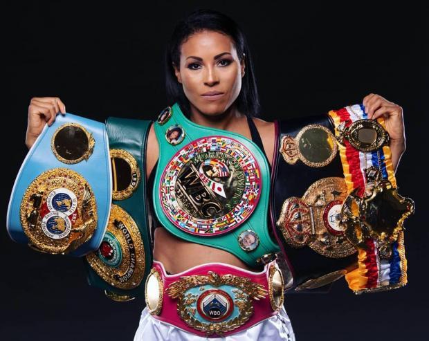 женщины в боксе