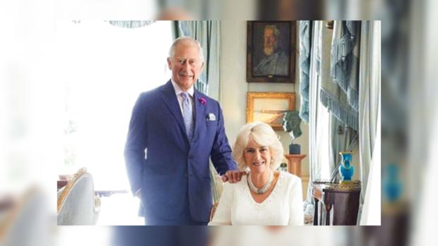 Принц Чарльз смаленьким Луи наруках украсил обложку журнала— Дедушка Уэльский