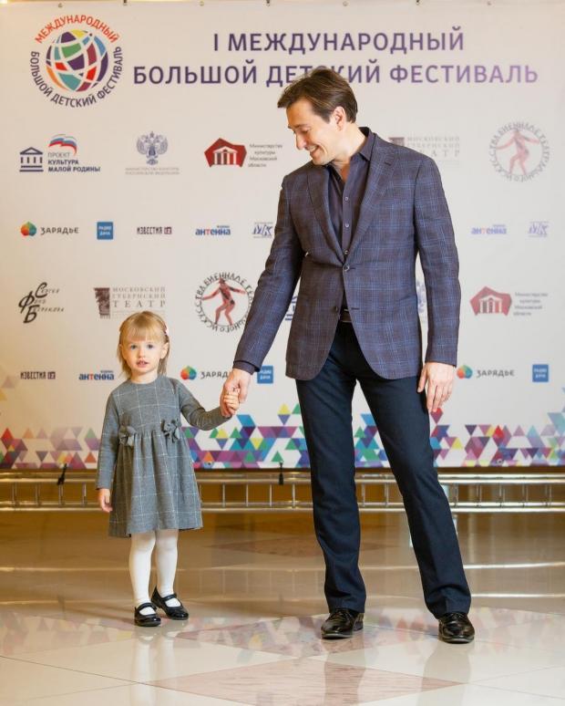 Сергей Безруков с дочкой