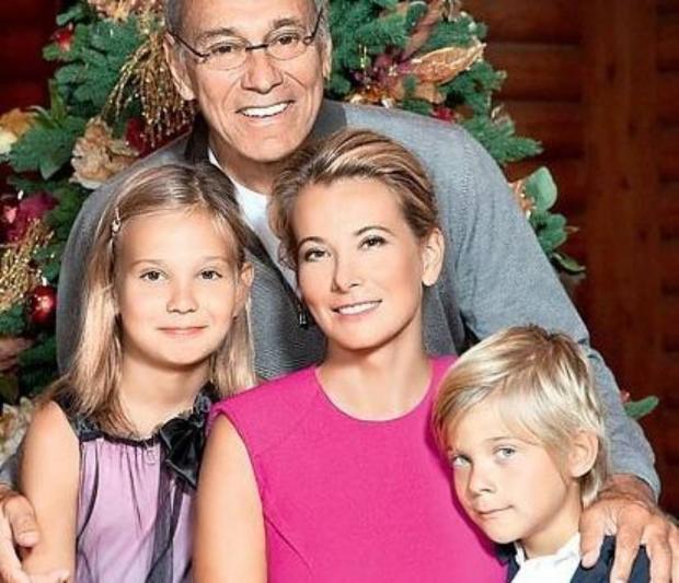 Маша Кончаловская с семьей