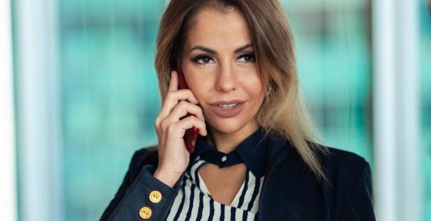 Елена Беркова: Инстаграм эпатажной актрисы пополнился новыми откровенными фото и видео