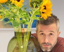 Сергей Бабкин перевоплотился в Гринча: певец подарил голос сказочному персонажу