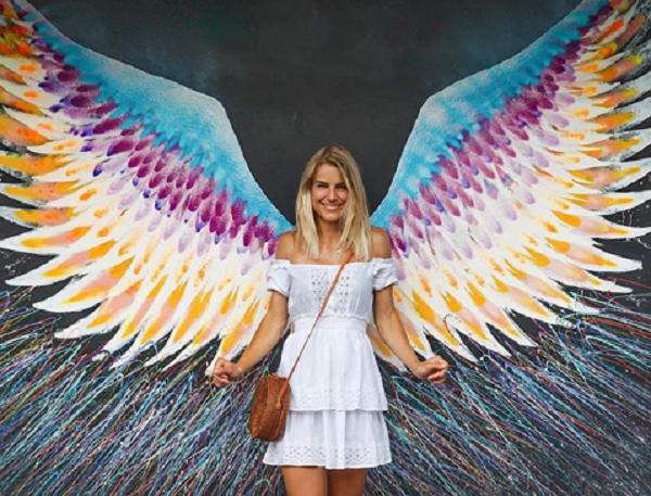 Самая красивая сотрудница полиции Германии: девушку сравнивают с ангелом Victorias Secret