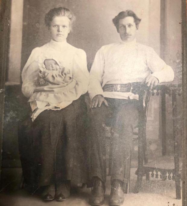 бабушка и дедушка Аллы Пугачевой