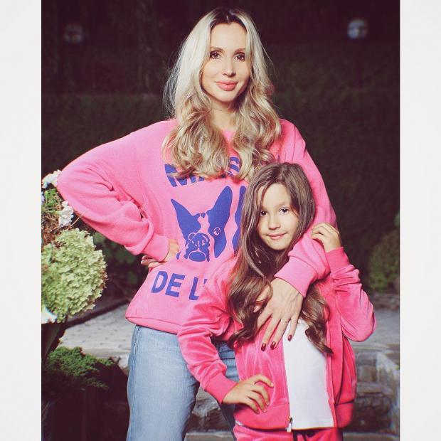 лобода с дочкой