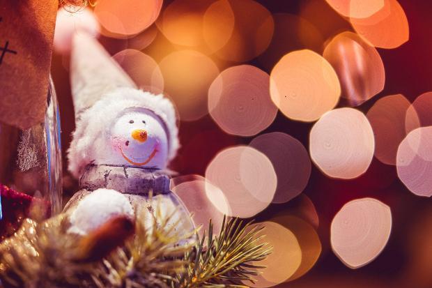 Новогодние поздравления звезд: знаменитости не оставившие без внимания фанатов