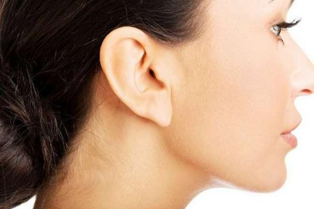 Морщины на мочке уха