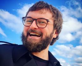 Дзидзьо в детстве: поклонники не узнали любимого исполнителя без фирменной бороды